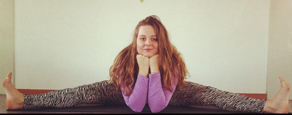 25 min Restoratieve Yoga met Eline
