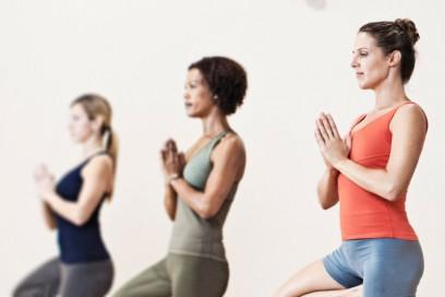 Maakt Yoga gelukkiger?