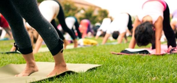 Buiten Yoga Zomer