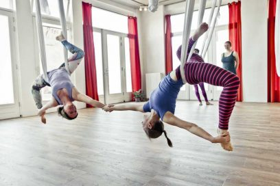 Teacher Training Aerial Yoga