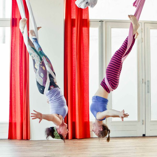 Aerial_Yoga_Teacher_training_rotterdam
